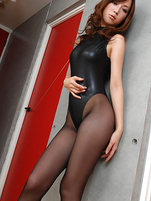 Asian pantyhose tube